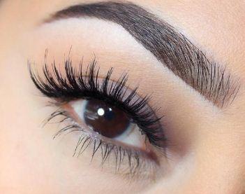 Black Eyelashes